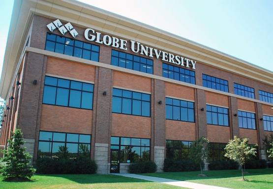 globe-university